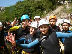 picture of Canyoning, rafting, via ferrata et canoë avec Canyoning Pyrénées Orientales